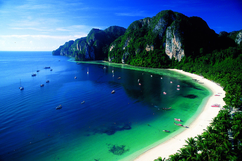 how to get to phi phi island from phuket